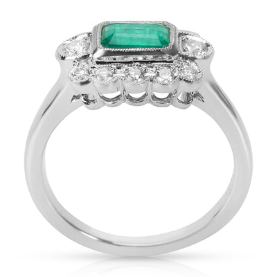 BRAND NEW Diamond and Emerald Center Vintage Ring in 18K White Gold (0.27 CTW)