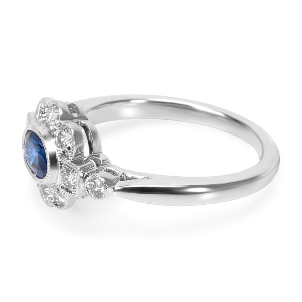 BRAND NEW Diamond and Sapphire Vintage Ring in 18K White Gold (0.32 CTW)