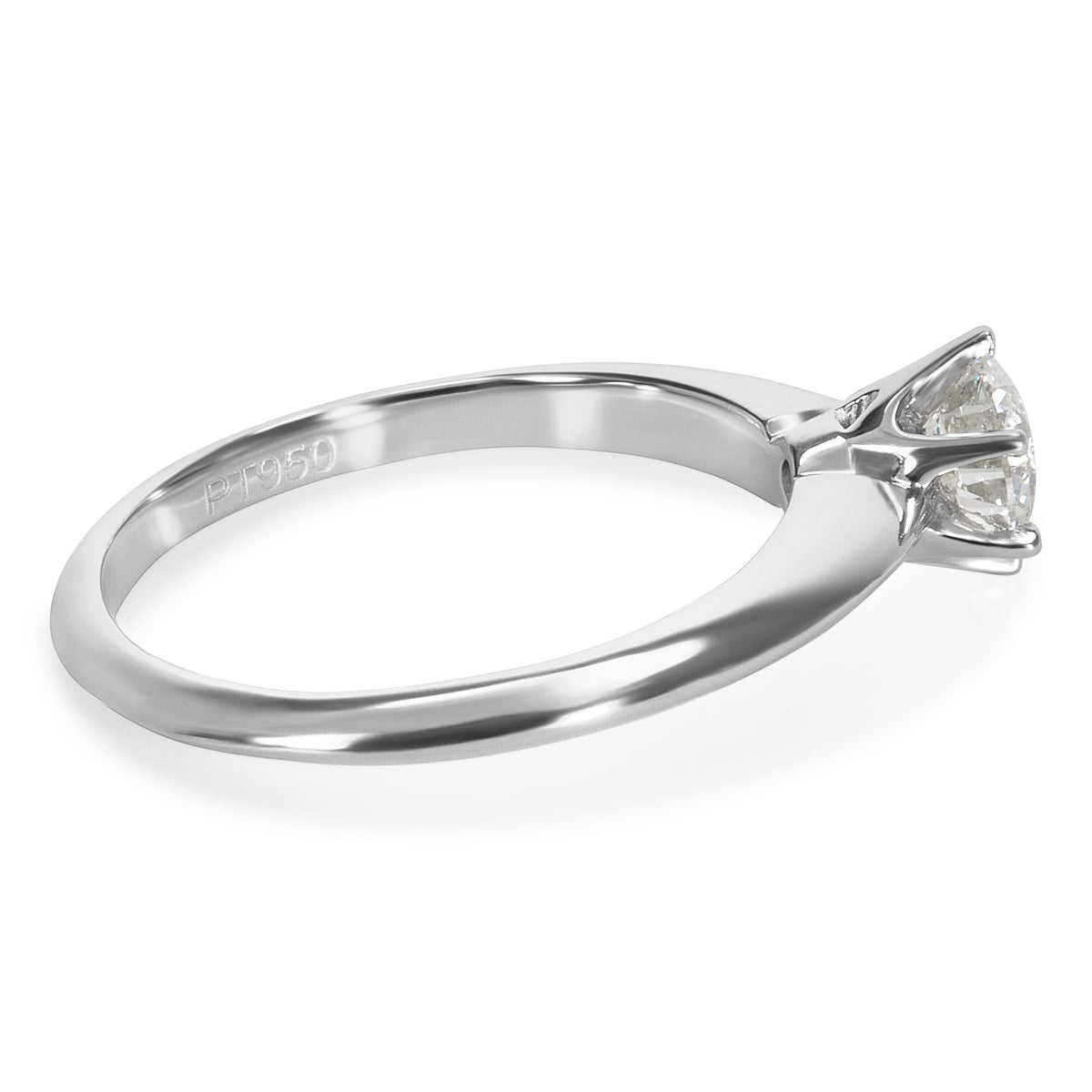 Solitaire Diamond Engagement Ring in Platinum 0.50 ctw