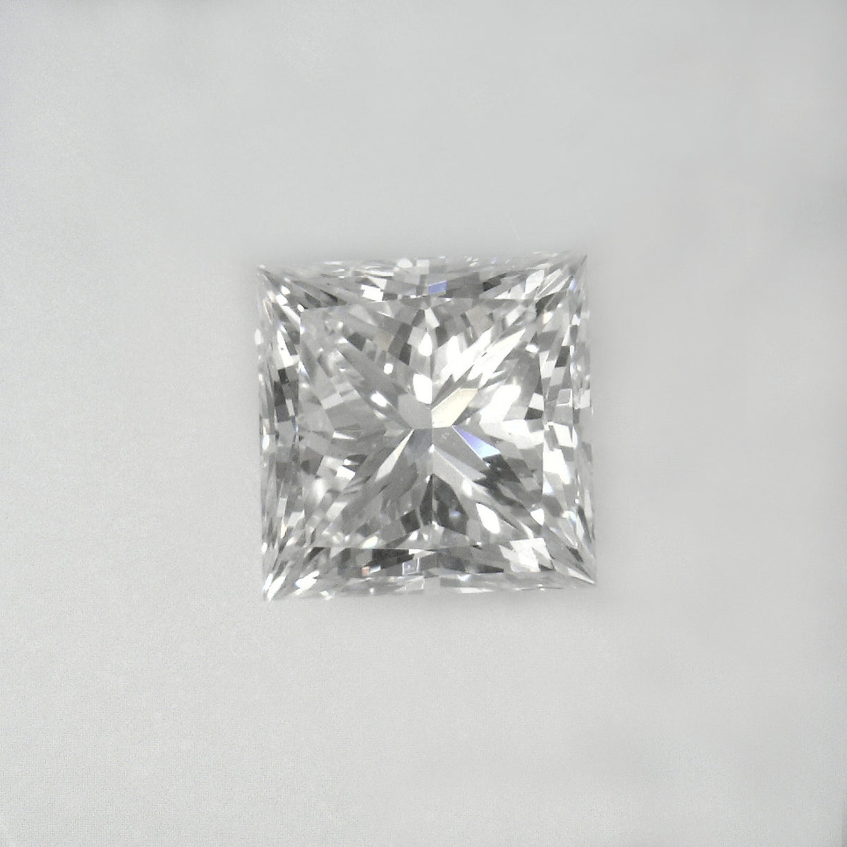 Certified  cut,  color,  clarity, 1.8 Ct Loose Diamonds