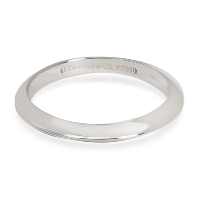 Tiffany & Co. Knife Edge Wedding Band in  Platinum 2mm