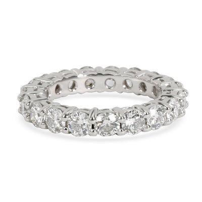 Shared Prong Round Cut Diamond Eternity Band in  Platinum 2.5 CTW