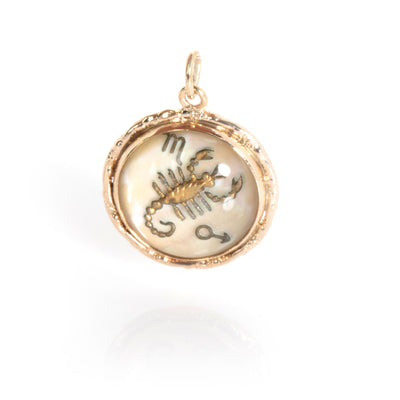 Vintage Cancer Zodiac Charm in 14K Yellow Gold