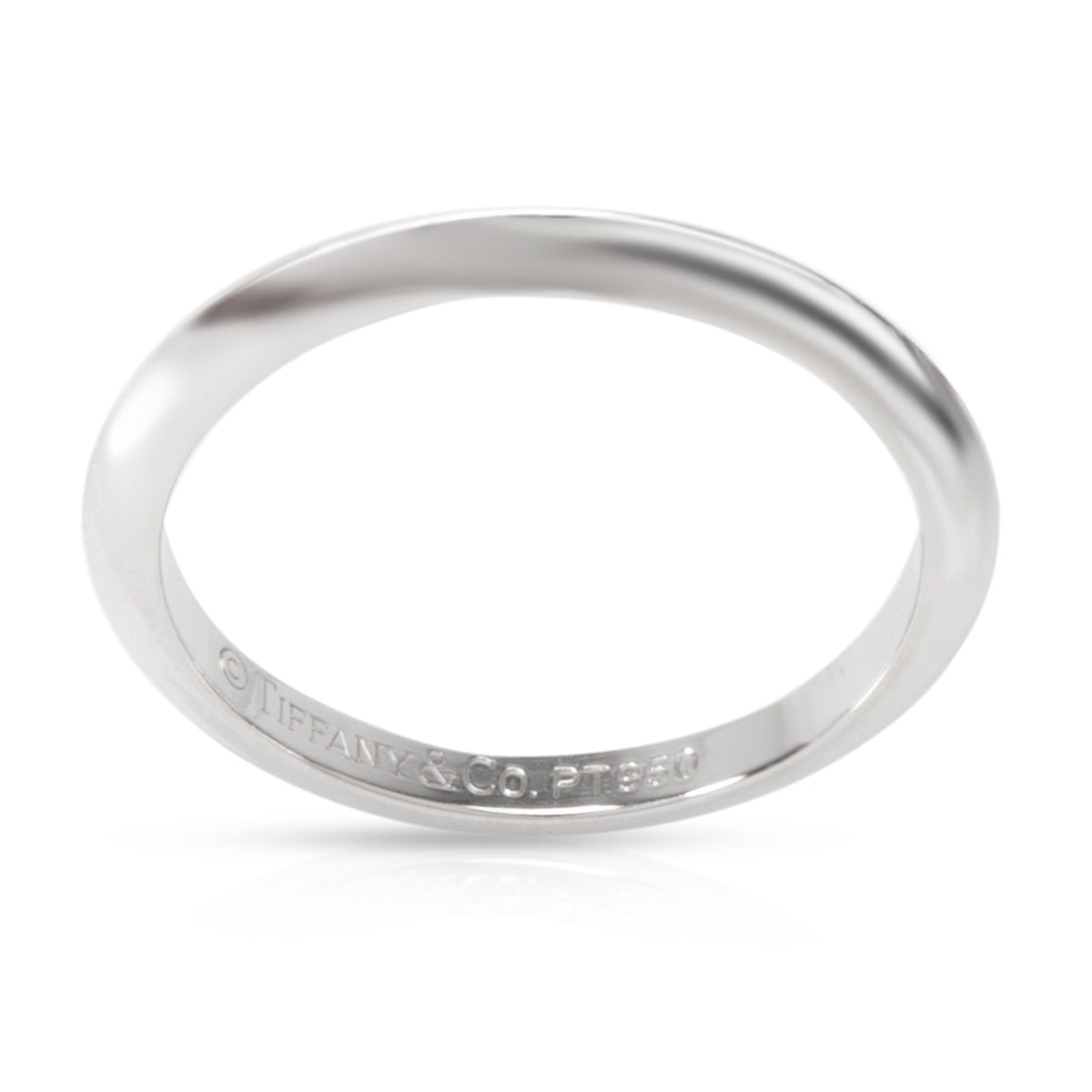 Tiffany & Co. Classic Knife Edge Wedding Band in Platinum 2mm