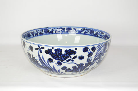 Large Blue and White Fishb Design Bowl