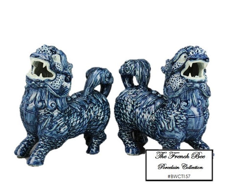 Blue and White Foo Dogs BWCT157