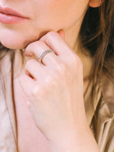 Load image into Gallery viewer, Silver Petite Chain Ring