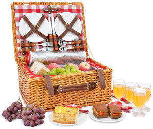 A picnic set with everything you can wish for