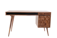 SAVIGES DESK