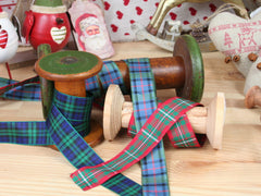 Tartan ribbon. Available in 3 colours.