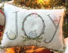Load image into Gallery viewer, Little Christmas Pillows