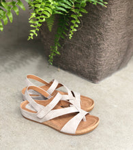 toe thong sandal with cushion footbed