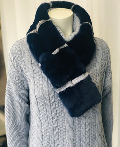 Accentrix faux fur collar - available in black/red, navy/grey
