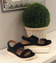 2 band sandal with stretch elastic bands and cushion sole