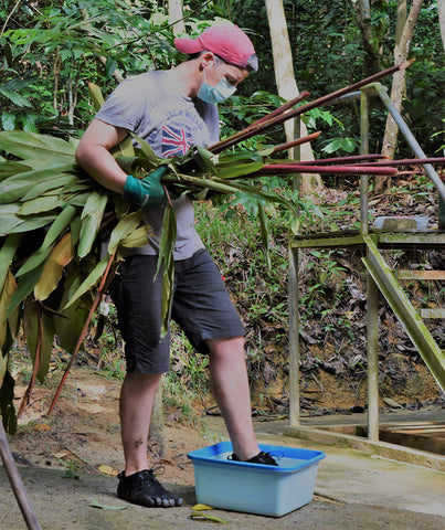 Volunteering with Orangutans in Borneo in Vibrams