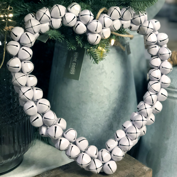 Bell  - Heart Wreath White