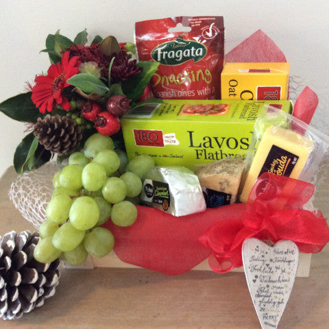 Cheese and crackers hamper