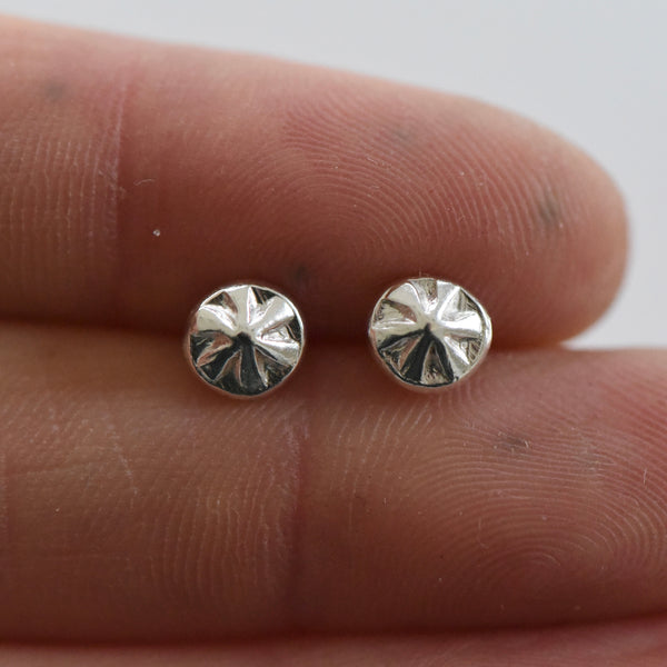 RECYCLED SUNBURST STUDS
