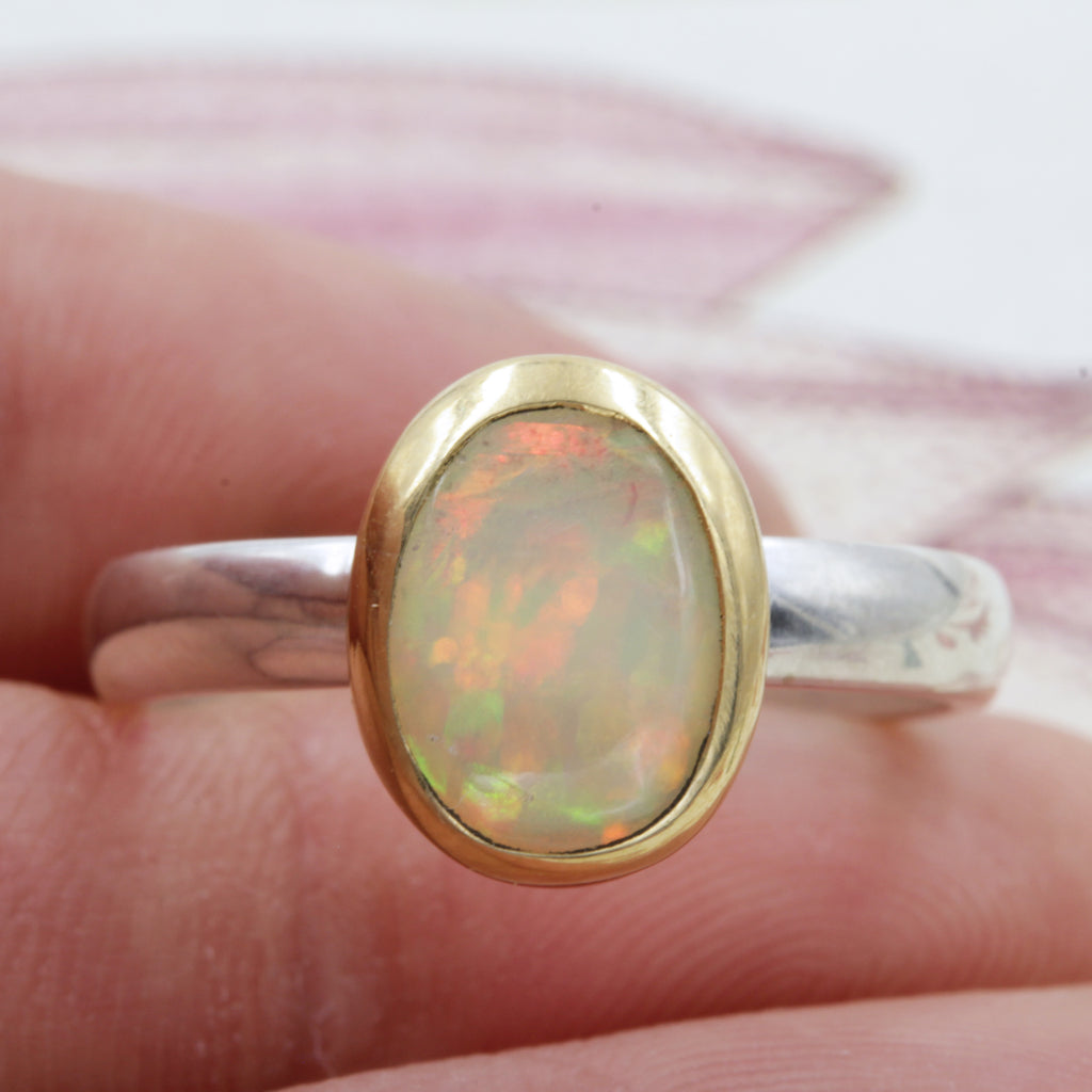 SIMPLE OPAL RING - 7.5
