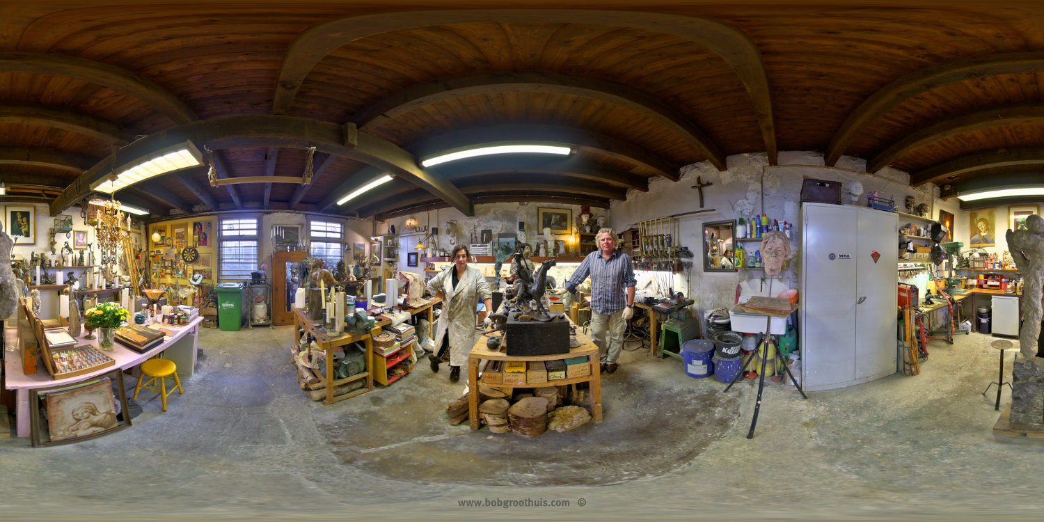 The (close) Encounters Project - Part 07 - Ron & Nathalie - Bronzefoundry & ArtGallery De Paardenstal - The Horse Stable - HDR Panorama portrait