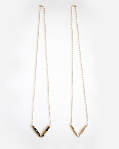 Gold Leaf Necklace - Hooks and Luxe