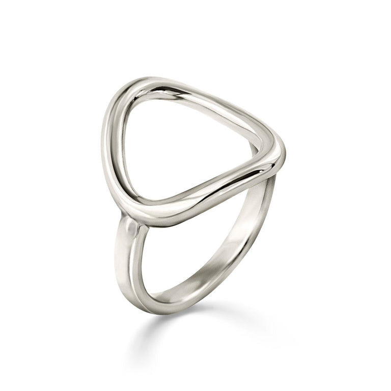 THE ESSENTIAL OUTLINE SILVER RING