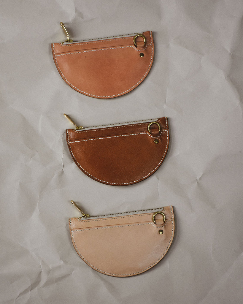 xs crescent moon pouch / bark