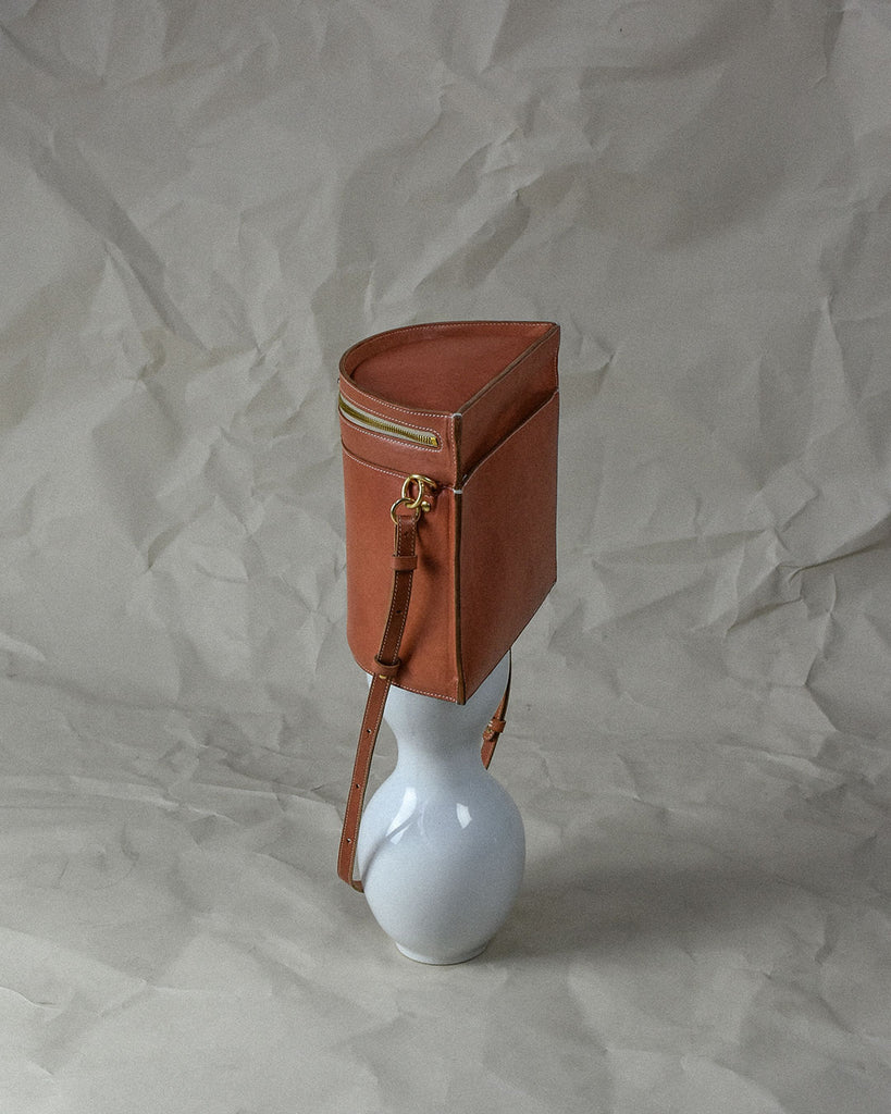 crescent moon bucket bag / red earth