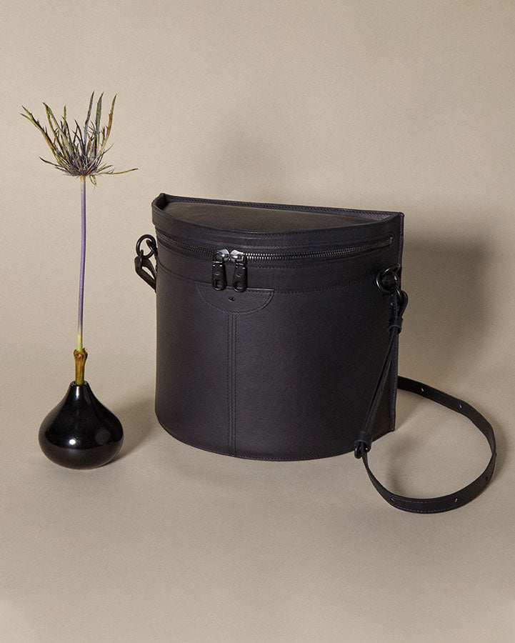 crescent moon bucket bag /  night