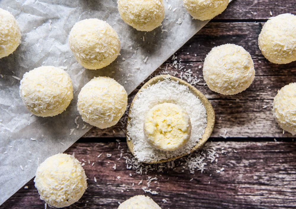 Make: Lemon Cheesecake bliss balls