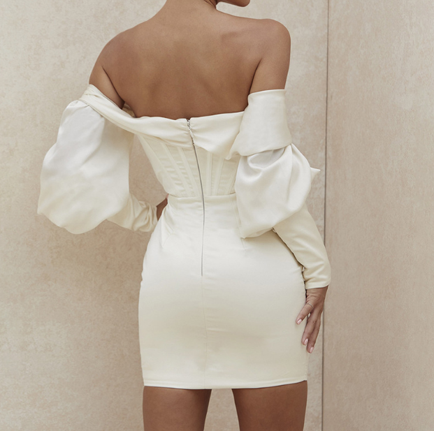 Irregular Sexy One-Shoulder Temperament Pack Hip Dress