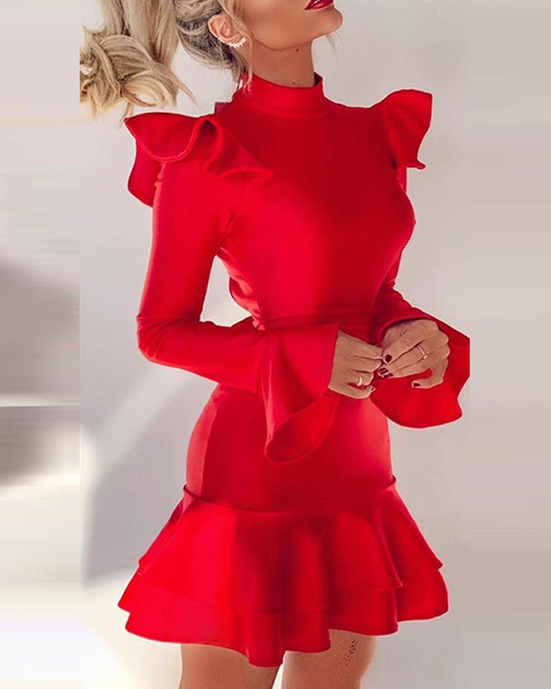 Solid Color Ruffled Backless Dress