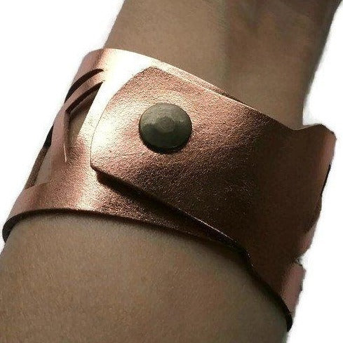 Copper color Reclaimed Leather Cuff Bracelet. Leather cuff copper Light and Soft Bracelet. - Handmade Recycled Glass Jewelry