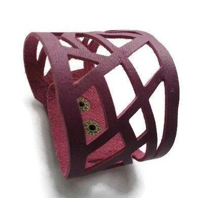 Barcelona wrist band. Leather cuff. Leather cuff bracelet. Purple. Magenta - Handmade Recycled Glass Jewelry
