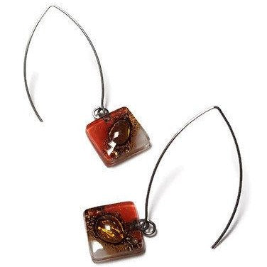 Open oval wire with handmade in red, soft lavender and brown recycled glass beads.