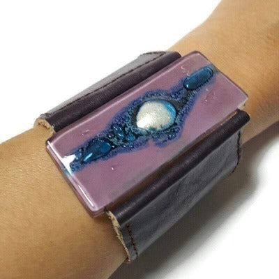 Wide Leather Cuff. Dark purple Leather Bracelet. Recycled glass Bracelet.   Lilac and Blue with silver bubble glass. Double snaps.