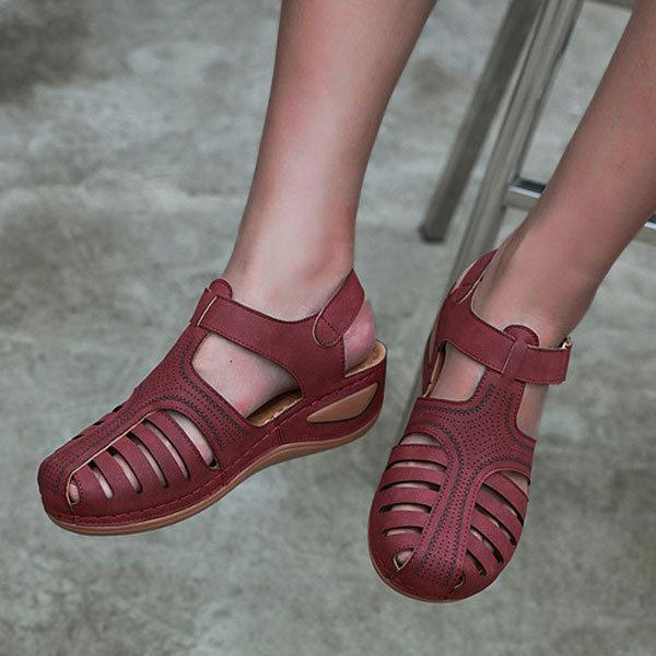 Casual Breathable Hollow Outdoor Sandals