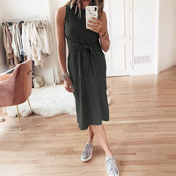 Sleeveless Solid Color Lace-Up Dress