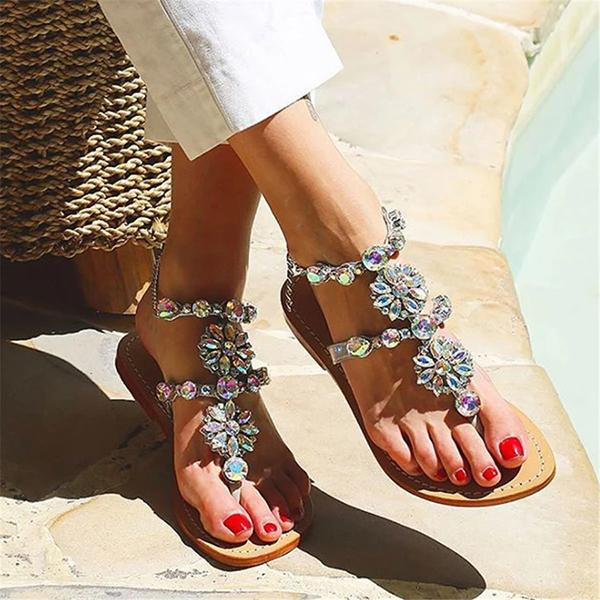 Fashion Pinched Openwork Buckle With Flat Sandals