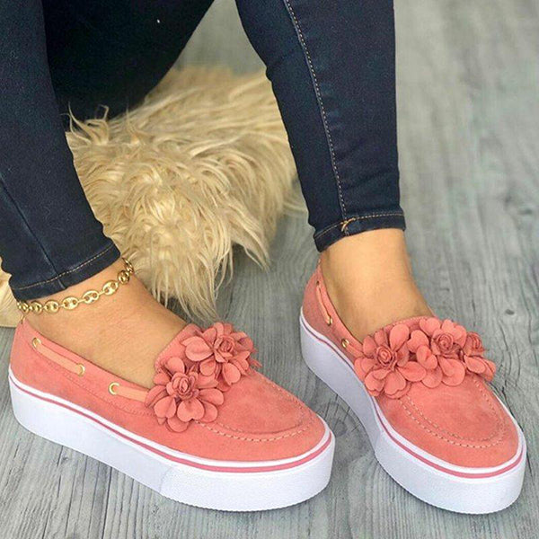 Solid Color Round Toe Platform Sneaker