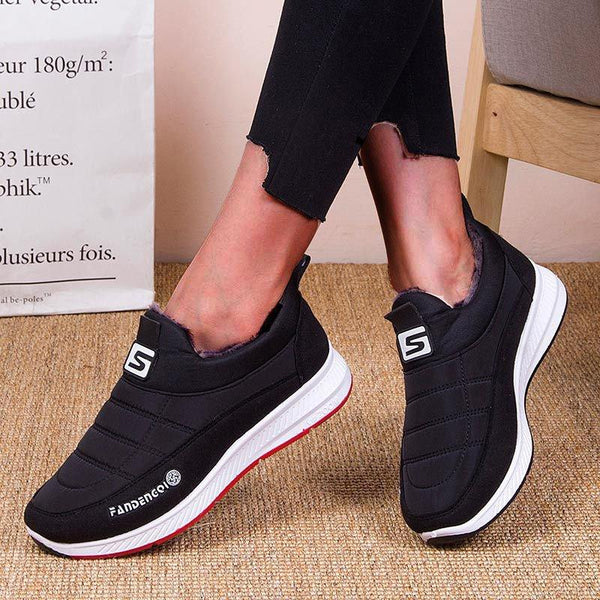 Women Flat Heel Slip-On Round Toe Daily Shoes