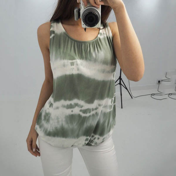 Plus Size Printed Stripe Sleeveless Blouse