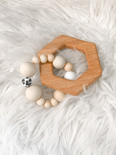 SNOWED IN HEXAGON teething toy