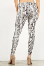 Load image into Gallery viewer, High Waist Snake Print Leggings