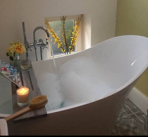 Bespoke made to order any size bath tray rustic reclaimed wood bath Cody bath tray uk best pebble & leaf www.pebbleandleaf.co.uk