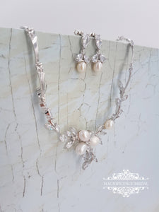 Pearl bridal set, bridal jewelry set, pearl necklace, pearl jewelry set, wedding jewelry set, cz bridal set, bridal jewelry, pearl set ZARA - magnificencebridal-com