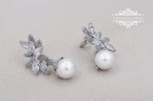 Pearl bridal earrings JANICE