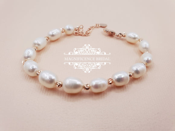 Pearl bracelet, pearl rose gold, first communion, Rose gold bracelet, communion accessory, holy communion, pearl bracelets, bracelet, ALI - magnificencebridal-com