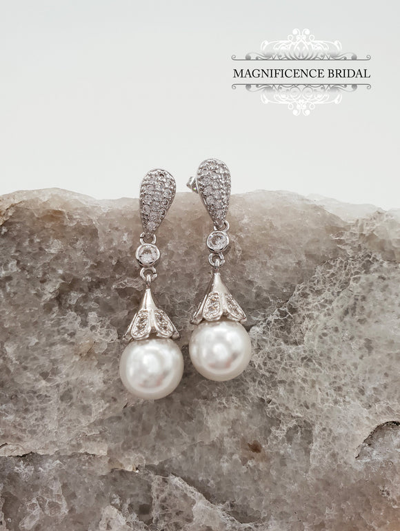 Pearl earrings KELSEY - magnificencebridal-com