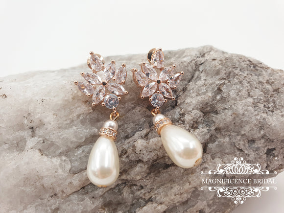 Pearl bridal earrings NATALIE - magnificencebridal-com